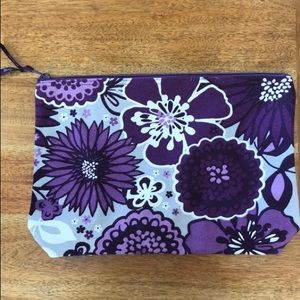 Thirty One Zipper Pouch in Plum Awesome